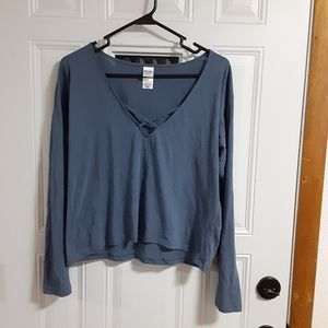 Victoria Sport V-Neck Crop Top Blue Size Small